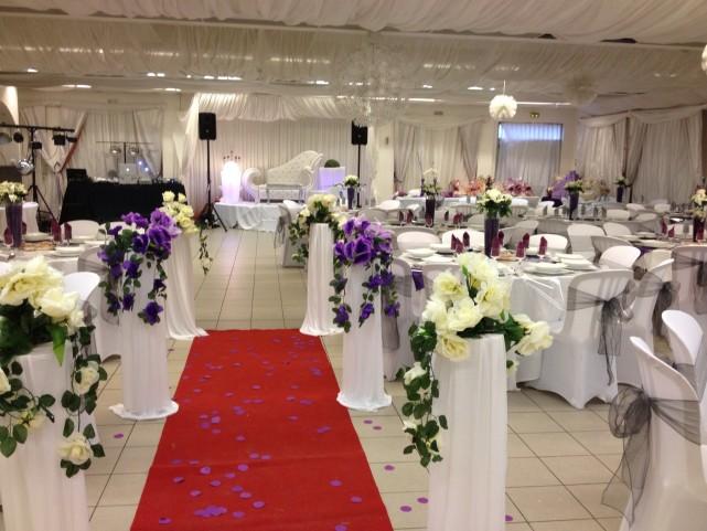 une salle de mariage jolie pour un mariage réussi