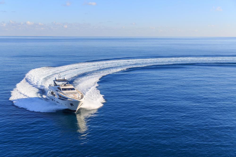 bateau traceur gps