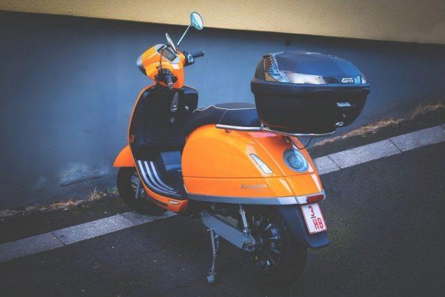 4 conseils pour apprendre à faire du scooter