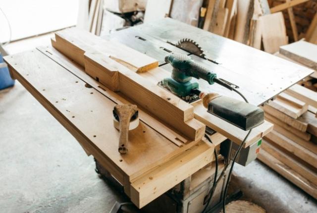 Scie plongeante Festool, un outil indispensable pour les travaux de bricolage